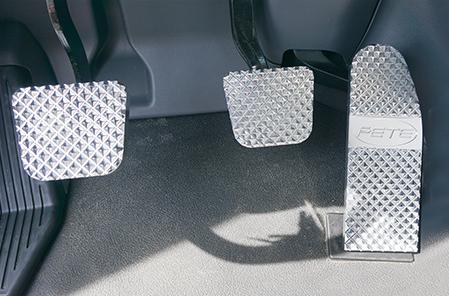 Peterbilt Raised Diamond Cut Billet Pedal Set