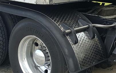 Prestige Half Tandem Fenders with aluminum diamond panel