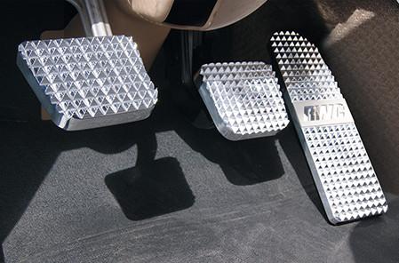 Freightliner Diamond Billet Pedals