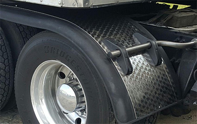 Prestige Half Tandem Fenders with aluminum diamond panel